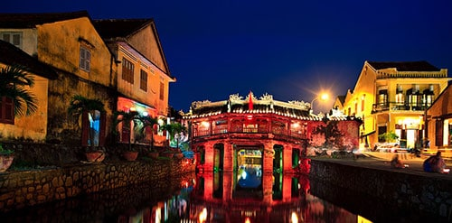 Hoi An covered bridge - Hoi An food