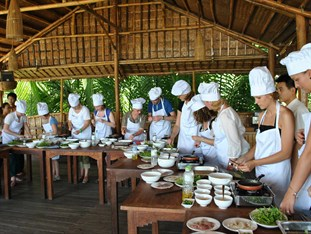 cooking class - things to do hoi an