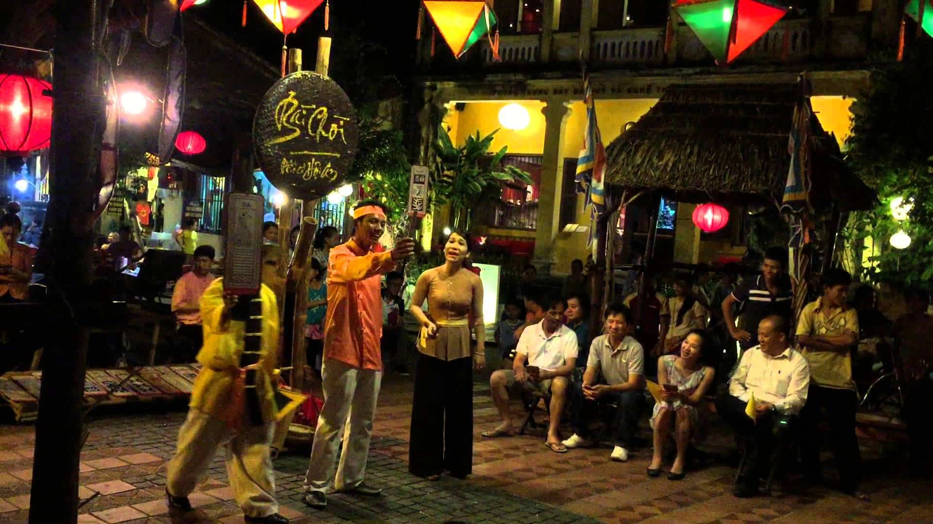 Night life in Hoi An