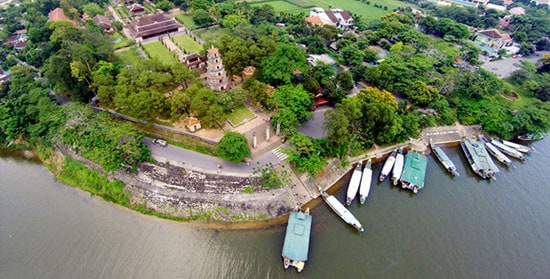 Explore Hue Old Capital From Tien Sa Port -Full Day Private Tour